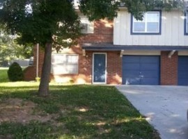 Townhouse | 1309 NW Cardiff Dr Blue Springs, MO 64015
