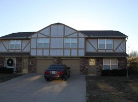 Townhouse | 4056 NW Winslow Pl Blue Springs, MO 64015